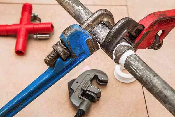 Ile kosztuje generalny remont domu 100 m2?